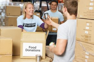 volunteer at food bank