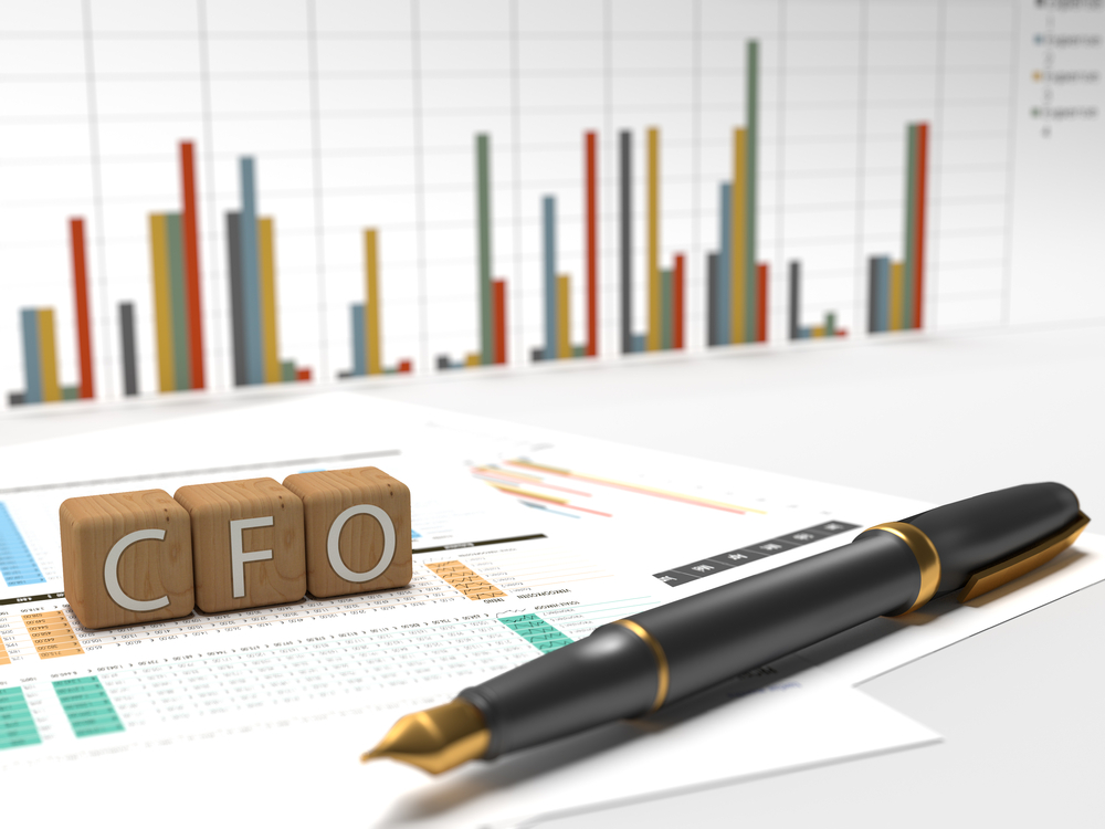cfo chart and pen